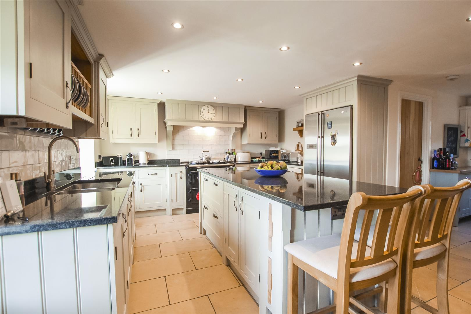 4 Bedroom Semi Detached Cottage For Sale - Main Image